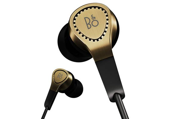 stylish gifts for him earphones