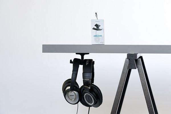 cheap christmas gifts for him headphones stand