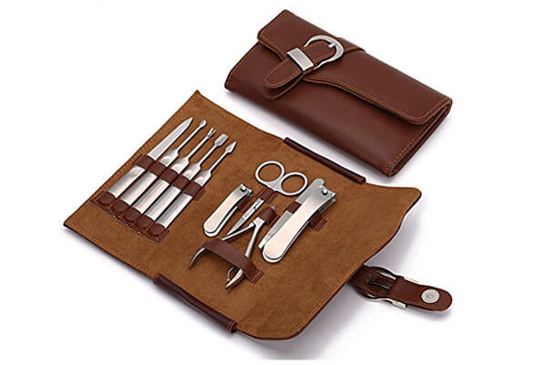 small presents for guys nail clipper set