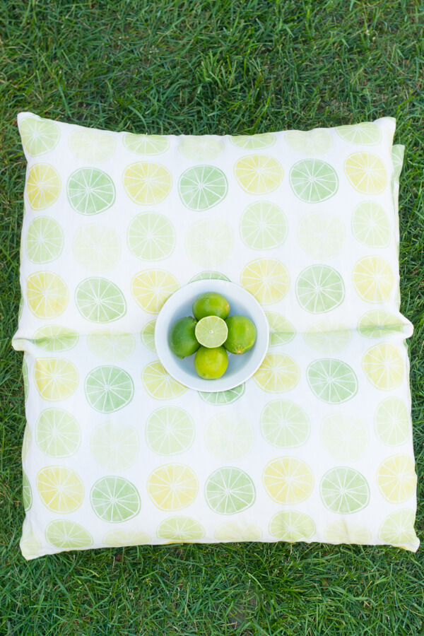 Make Easy Pillow Beds for Summer!   this heart of mine