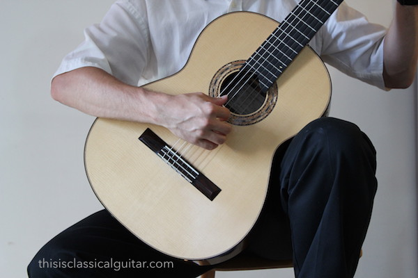 Right Hand Position (Rosette) - Classical Guitar