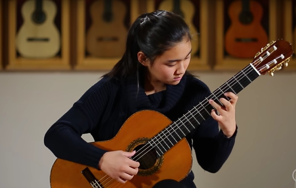 Olivia Chiang plays Farewell by John Doan