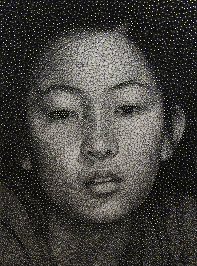 Remarkable Portraits Made with a Single Sewing Thread Wrapped through Nails by Kumi Yamashita thread portraits art