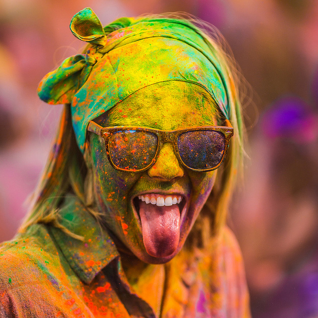 Colorful Portraits from the 2012 Festival of Colors by Thomas Hawk portraits holi color