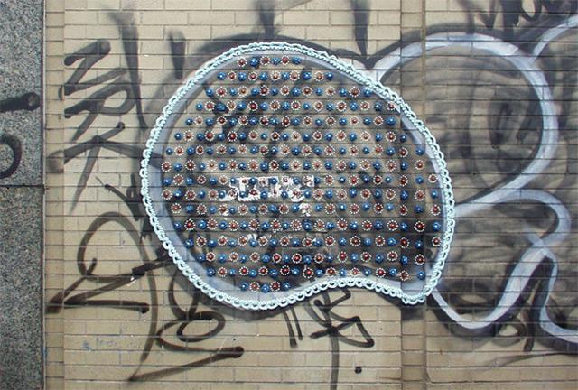 Sugar Murals and Cake Icing Graffiti by Shelley Miller street art murals graffiti food cake