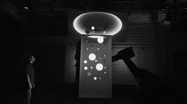 Box: A Groundbreaking Demonstration at the Intersection of Robotics, Projection Mapping, and Software robots projection digital