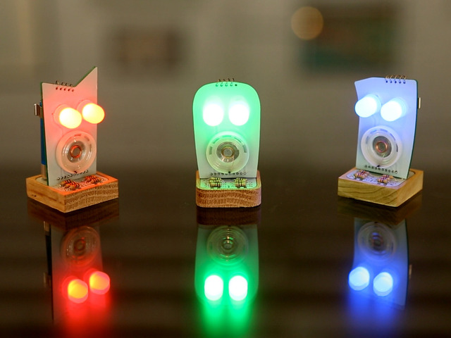 Little Robot Friends: Customizable Robots with Evolving Personalities robots interactive