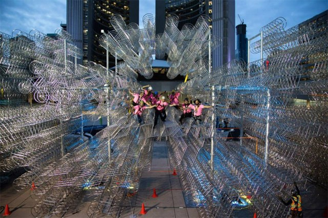 Ai Weiweis Forever Bicycles Reconfigured Using 3,144 Bikes in Toronto Toronto installation bicycles