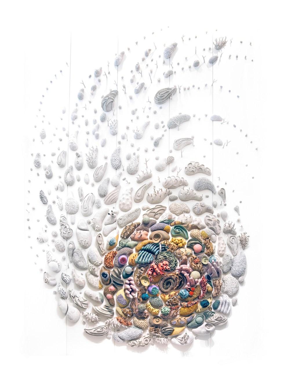 """""""Confluence (Our Changing Seas V)"""" (2018), Glazed stoneware + porcelain, 846 x 570 x 50 cm, image by Amanda Brooks"""