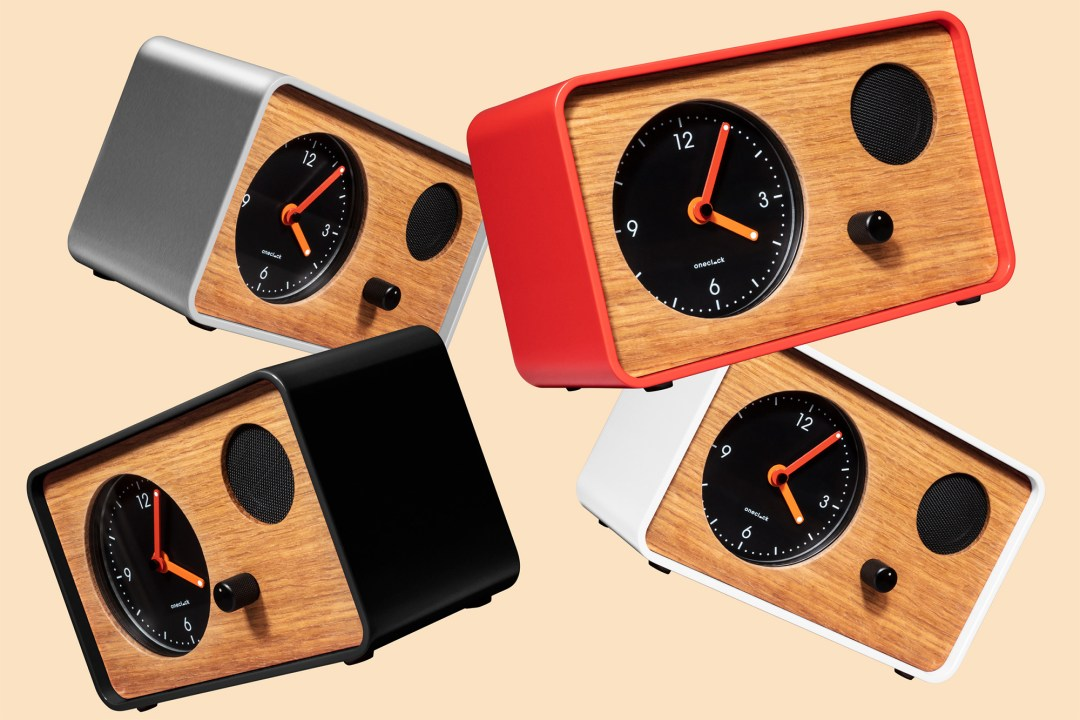 OneClock: A Modern Take on the Analog Alarm Never Plays the Same Melody Twice