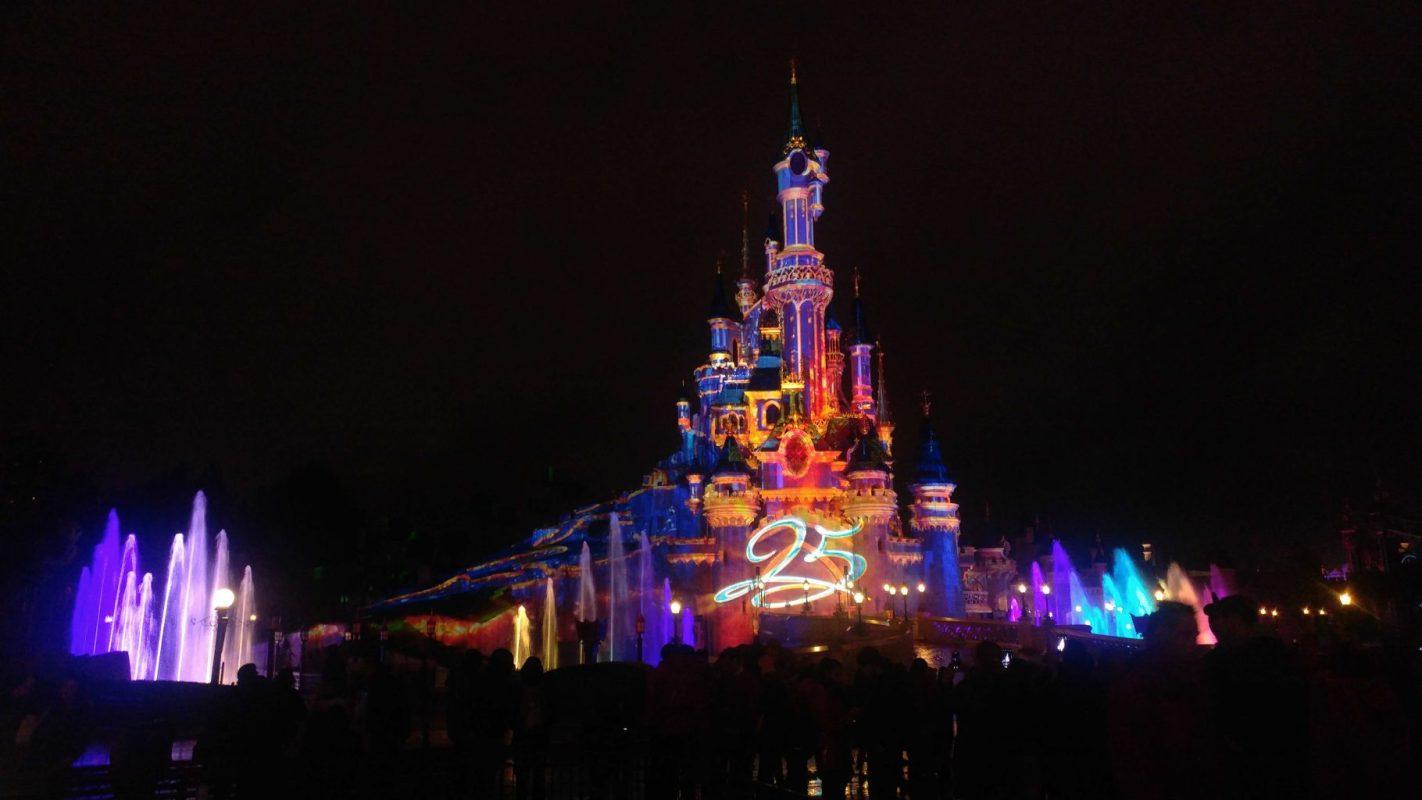 Disneyland Paris: la magia per grandi e bambini