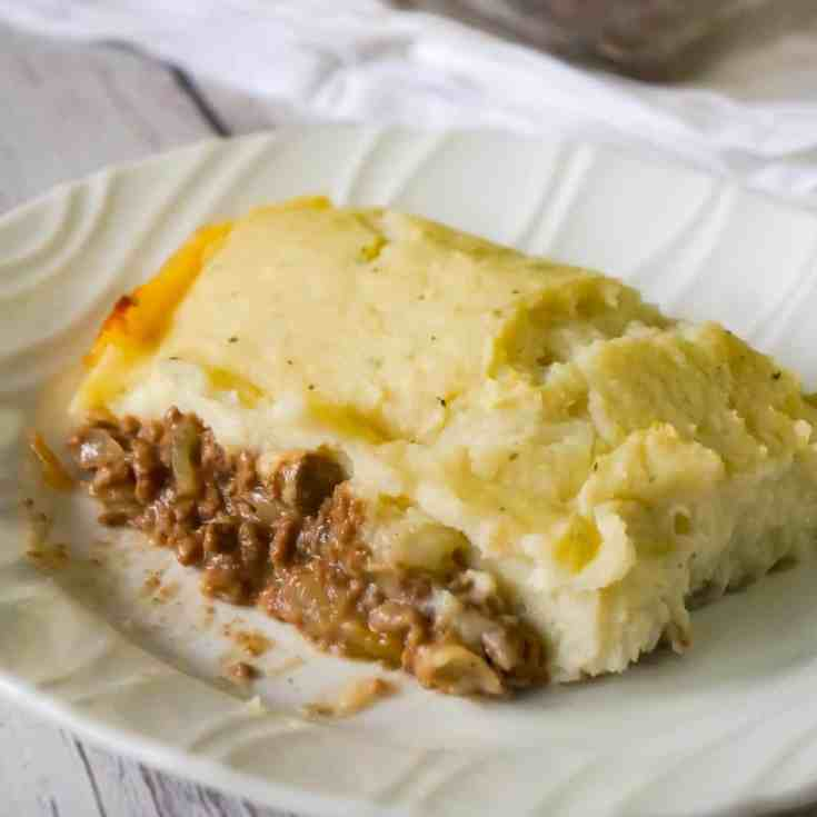 Salisbury Steak Casserole is an easy ground beef dinner recipe perfect for weeknights. This hearty casserole is loaded with ground beef, mushroom and onions in a creamy mushroom gravy and topped with instant mashed potatoes.
