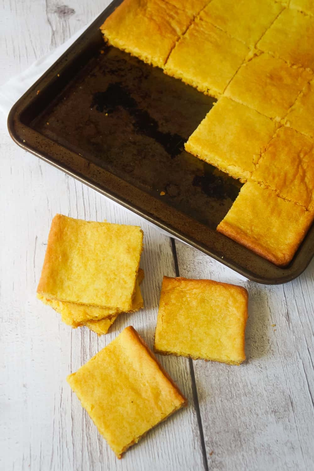 Lemon Pudding Sugar Cookie Bars are an easy 4 ingredient dessert recipe. These soft, chewy cookie bars are made with Betty Crocker Sugar Cookie Mix and lemon instant pudding.
