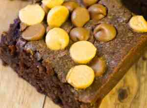 Peanut Butter Banana Brownies are an easy peanut butter brownie recipe.
