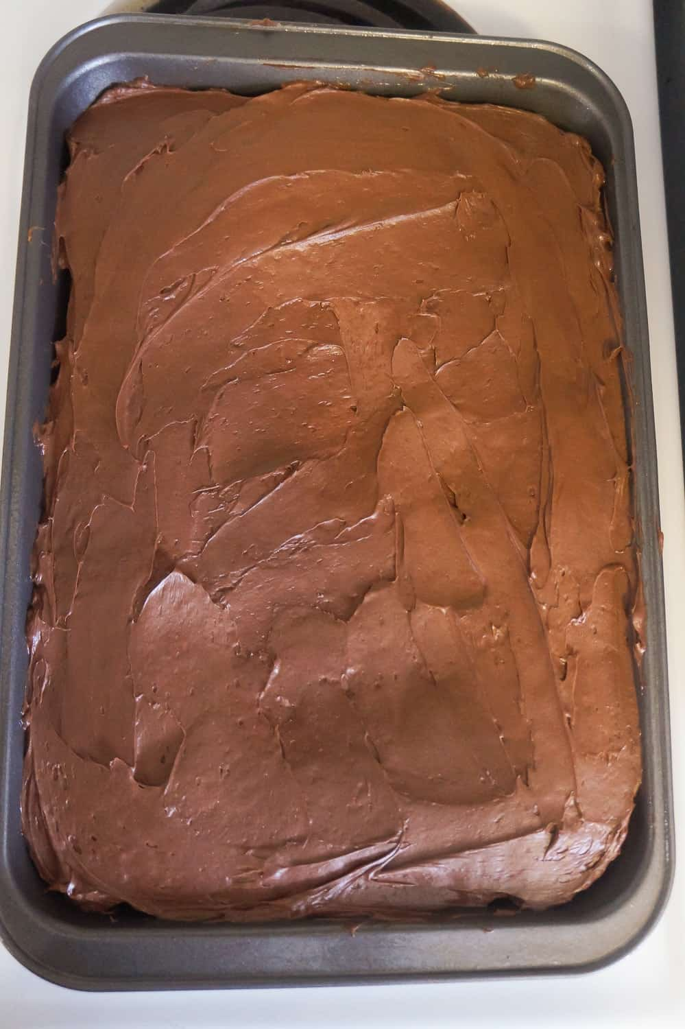 chocolate frosting on peanut butter banana sheet cake