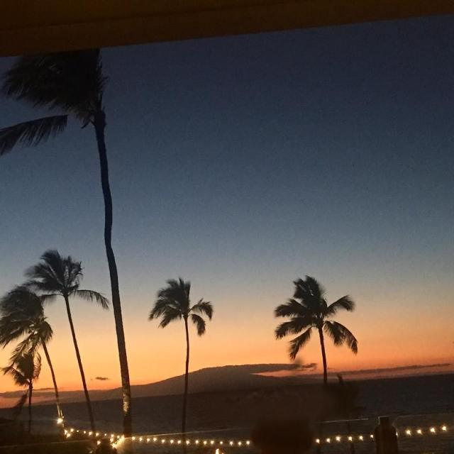 Maui nights Continue reading rarr