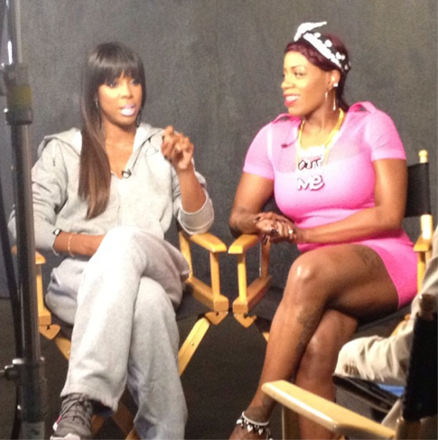 Kelly-Rowland-and-Fantasia-on-the-set-of-Without-Me1
