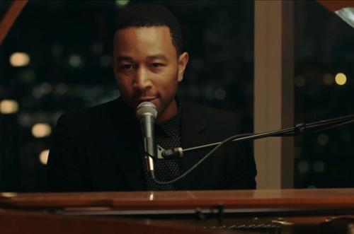 John-Legend-All-of-Me-Go-Show-1