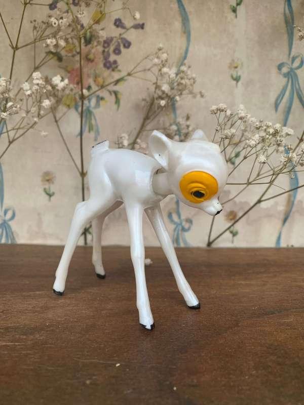 Jouet bambi vintage blanc.