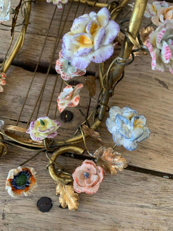 ancienne applique 19ème fleurs de porcelaine