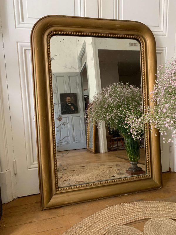 ancien miroir louis philippe doré en bois et stuc