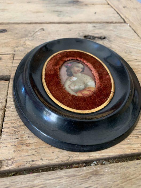 peinture ancienne femme miniature sur porcelaine napoleon 3