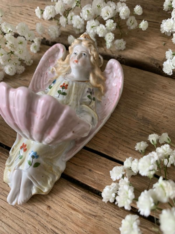 ancien benitier ange pastel