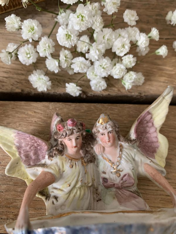ancien benitier anges pastels