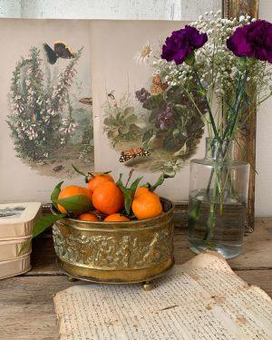 ancienne jardinière en laiton doré anges putti angelots