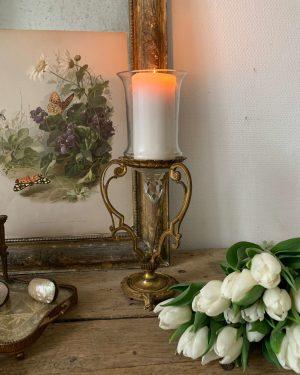 ancien vase d'église en verre et laiton