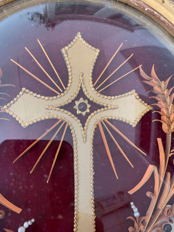 ancien cadre reliquaire xixeme croix cadre doré