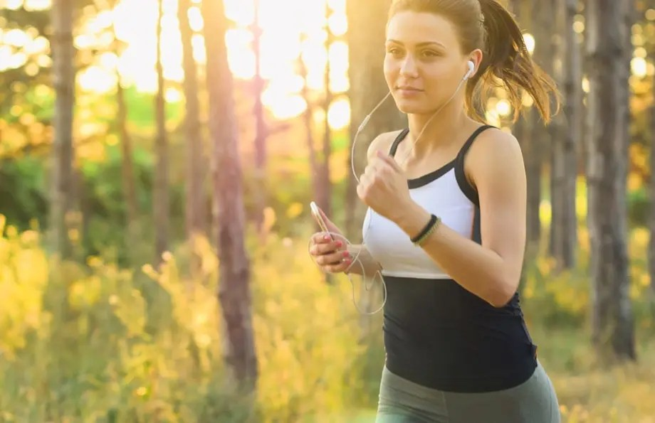 woman exercising to keep fit