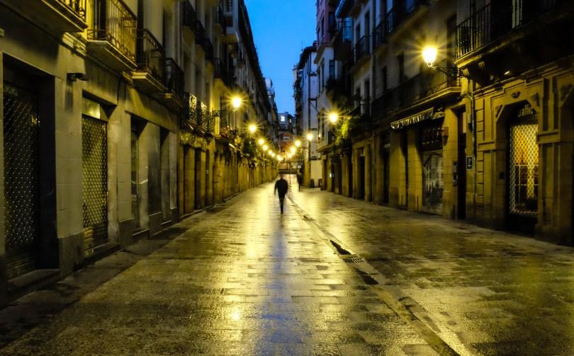 31 de Agosto street at dawn