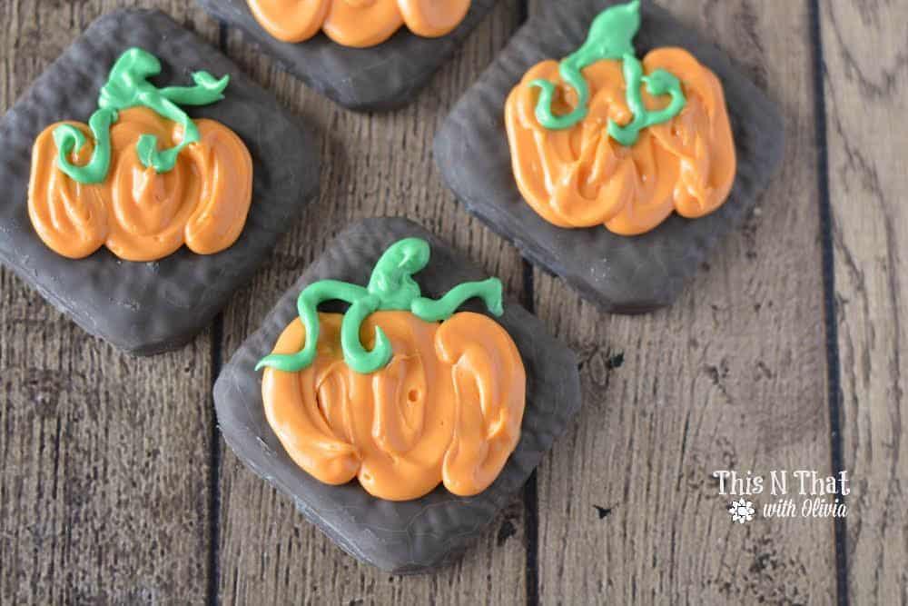Pumpkin Chocolate Fudge Grahams   ThisNThatwithOlivia.com