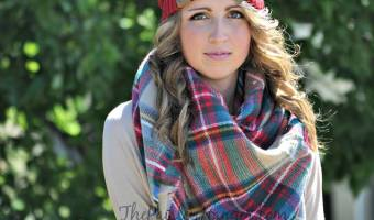 GIVEAWAY – CC Beanie and Blanket Scarf from @PaisleyHanger! Ends 1/20 #2017Products