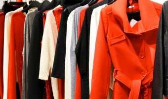 How to Become a Minimalist Via Your Closet