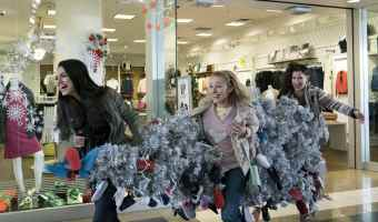 NEW Trailer for A BAD MOMS CHRISTMAS #BadMomsXmas