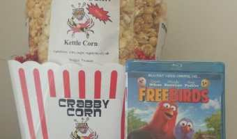 Win a Crabby Corn Prize Pack! #GobbleUp #THBhop