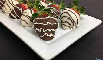 Chocolate Dipped Strawberries #ValentinesSweets