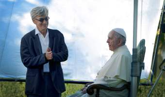 Wim Wenders' Pope Francis – A Man of His Word Trailer! #ThePopeMovie