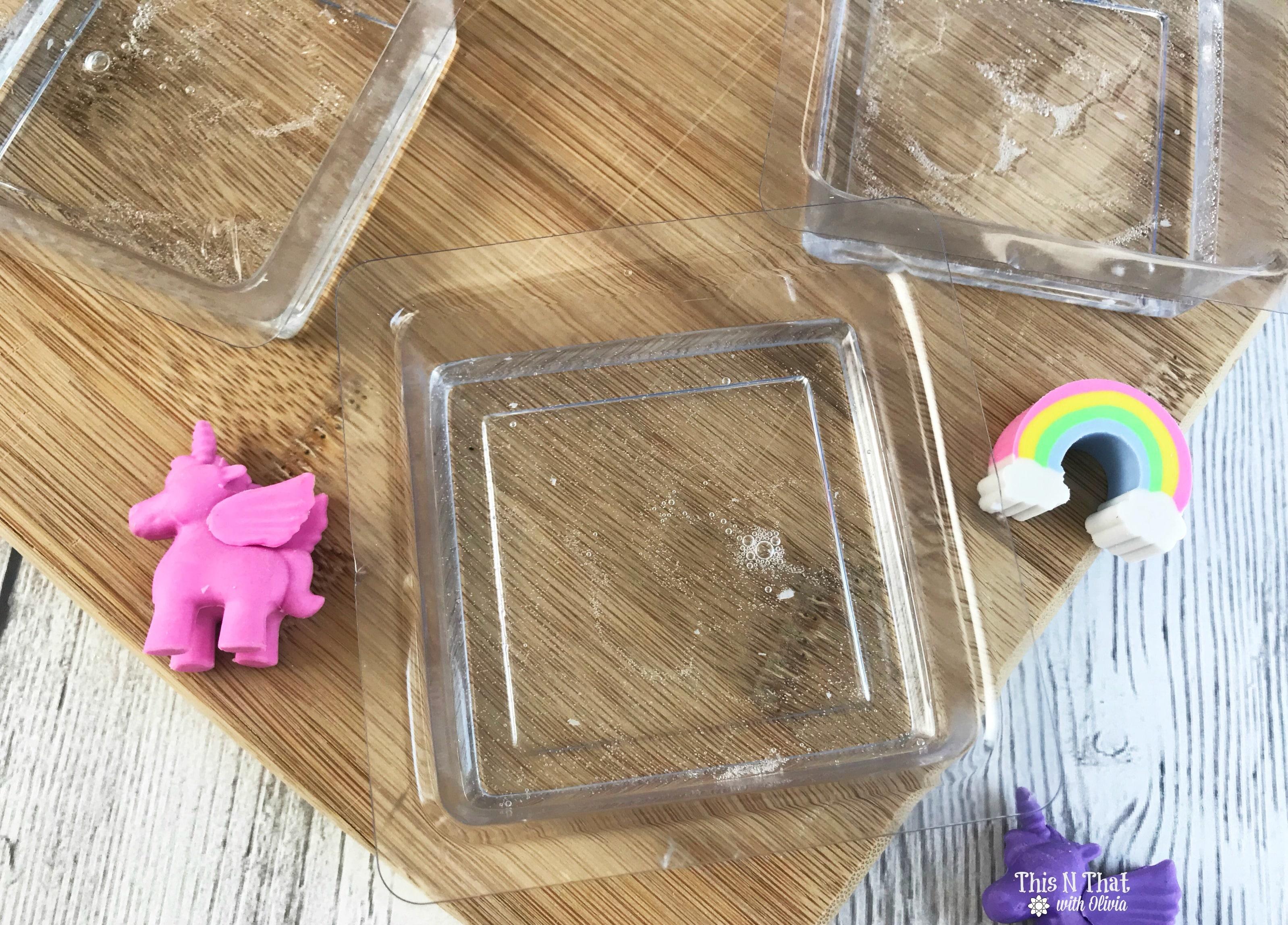 DIY Unicorn Soap #Unicorn #DIY #Soap