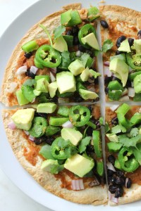 This Vegan Mexican Tortilla Pizza takes less than 20 minutes | ThisSavoryVegan.com