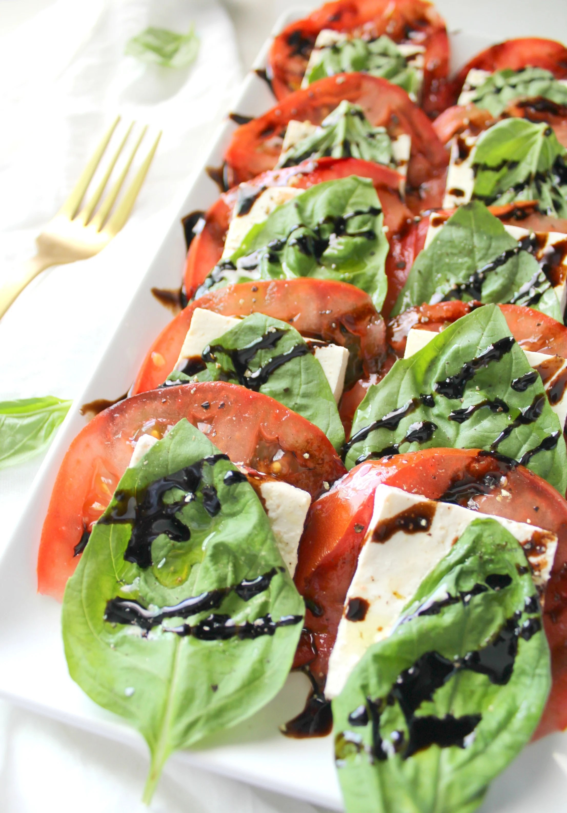 Simple Vegan Caprese Salad | ThisSavoryVegan.com