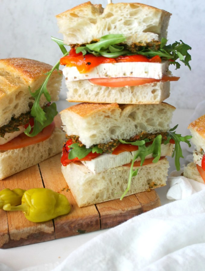 These Vegan Mediterranean Sandwiches are packed with sun-dried tomato & basil spread, roasted red peppers and marinated tofu | ThisSavoryVegan.com
