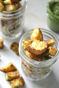 The perfect topping for soups or salads - these Pesto Ciabatta Croutons are simple to make, full of flavor and 100% vegan | ThisSavoryVegan.com #vegan
