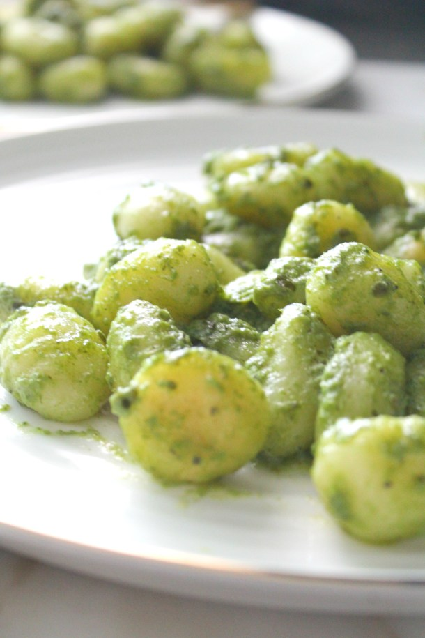 This Pan Seared Vegan Pesto Gnocchi combines gnocchi that have been browned in vegan butter with fresh pesto for a quick weeknight dinner | ThisSavoryVegan.com #thissavoryvegan #veganpasta #pesto