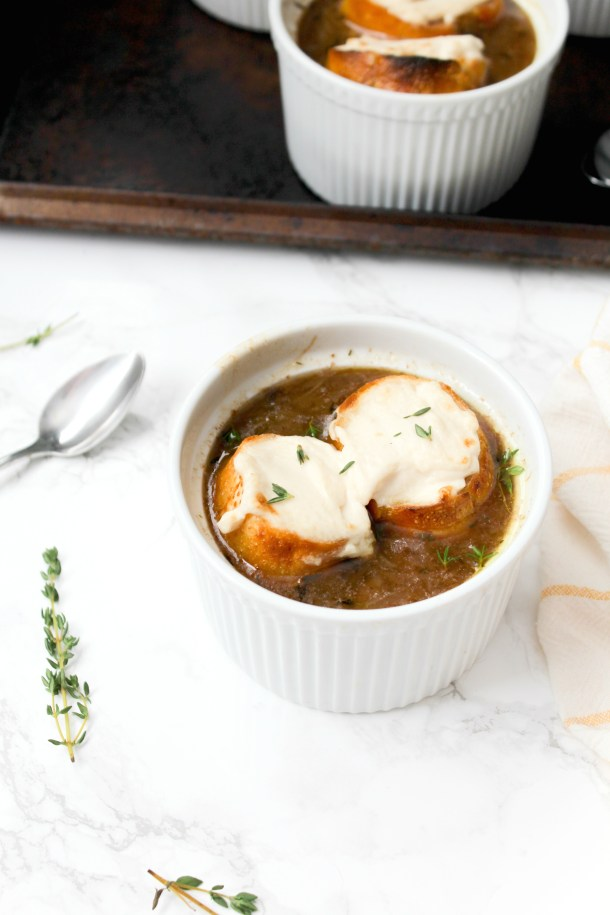 Rich, savory and totally delicious, this Vegan French Onion Soup is going to be your go-to comforting soup recipe | ThisSavoryVegan.com #thissavoryvegan #vegansoup #fallrecipe