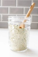 You are going to love how easy it is to make vegan ranch dressing or dip at home once you have this Vegan Dry Ranch Seasoning Mix on hand | ThisSavoryVegan.com #thissavoryvegan #veganranch