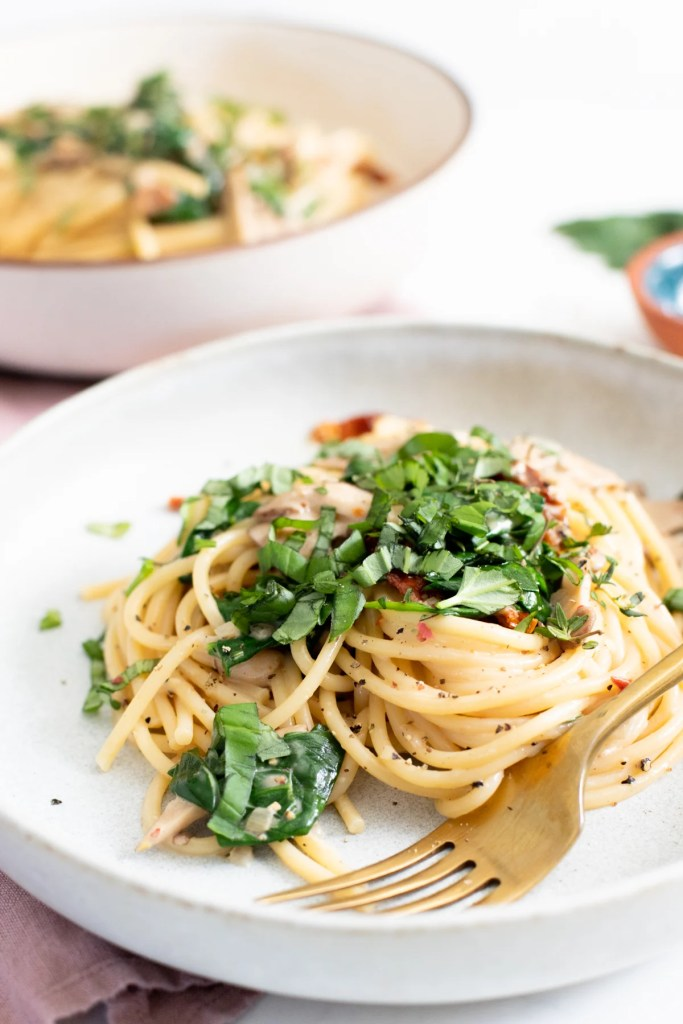 Creamy Vegan Mushroom Pasta   ThisSavoryVegan.com