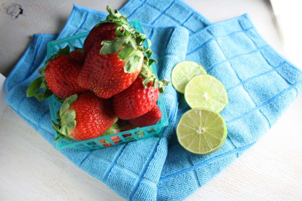 strawberry daiquiri spritzer